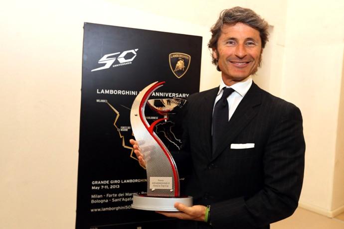 Winkelmann Presidente Lamborghini premiato da Autoappassionati-
