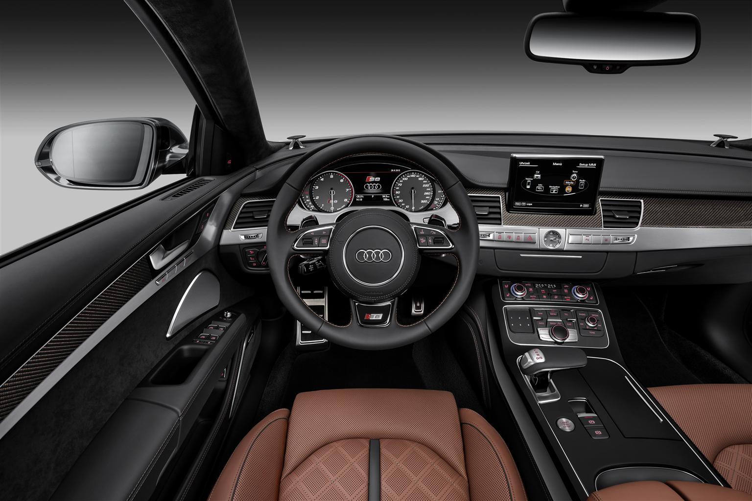 Interni Audi S8