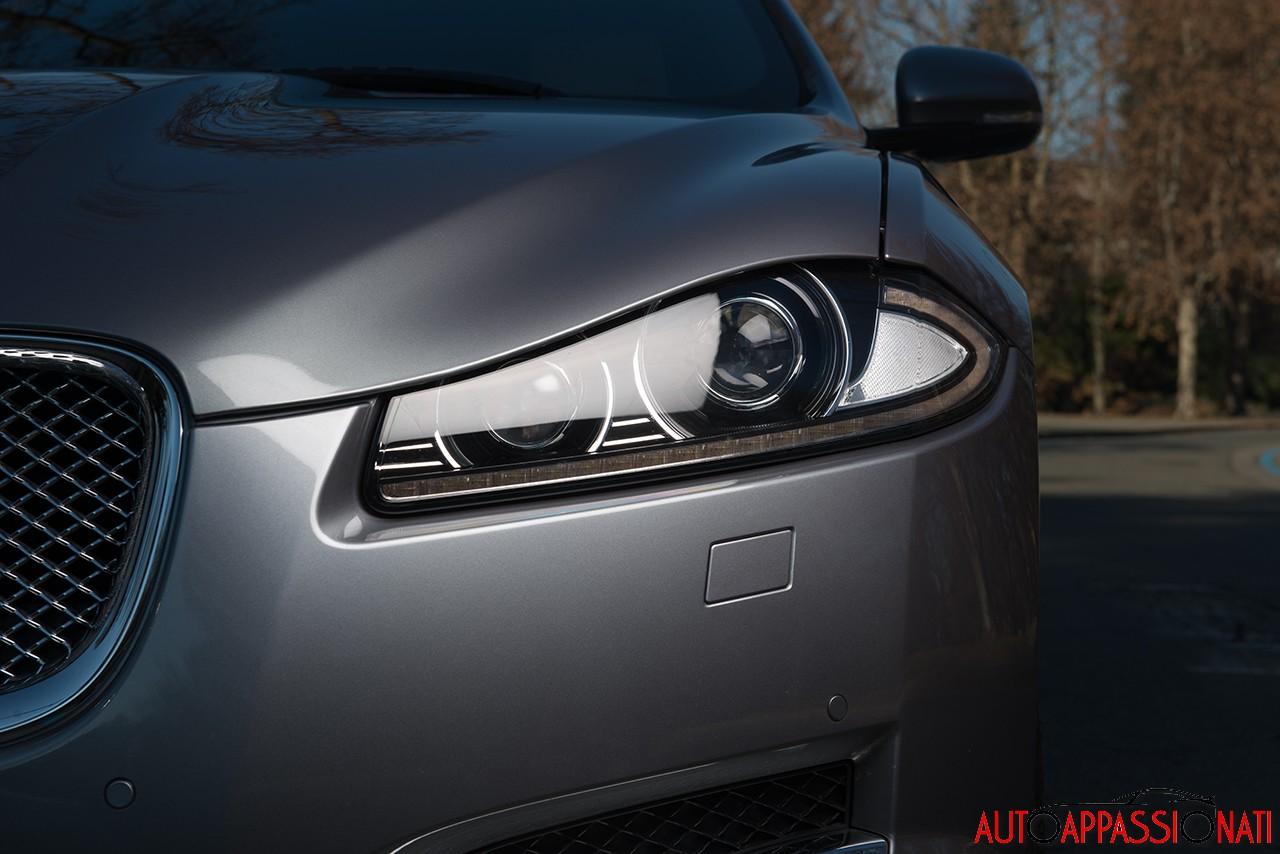Jaguar XF 2.2D  2014 24