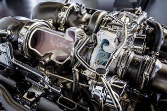 V8 biturbo engine 8