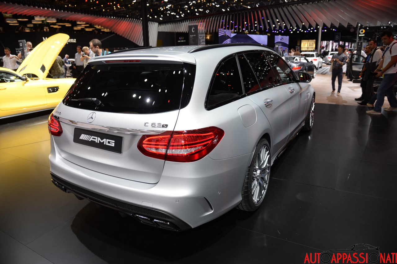 Mercedes c63amg paris 004