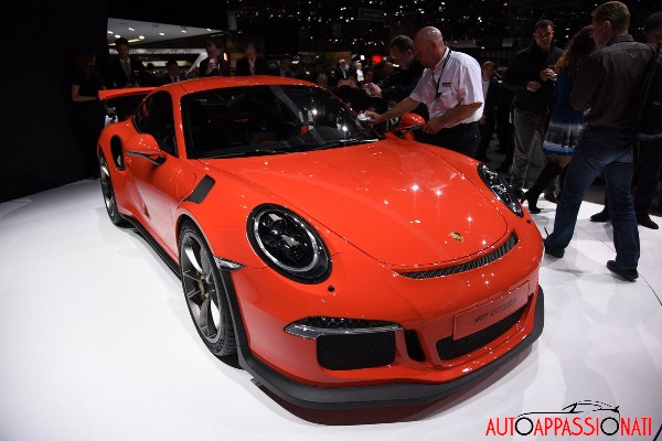 911 gt3RS 002