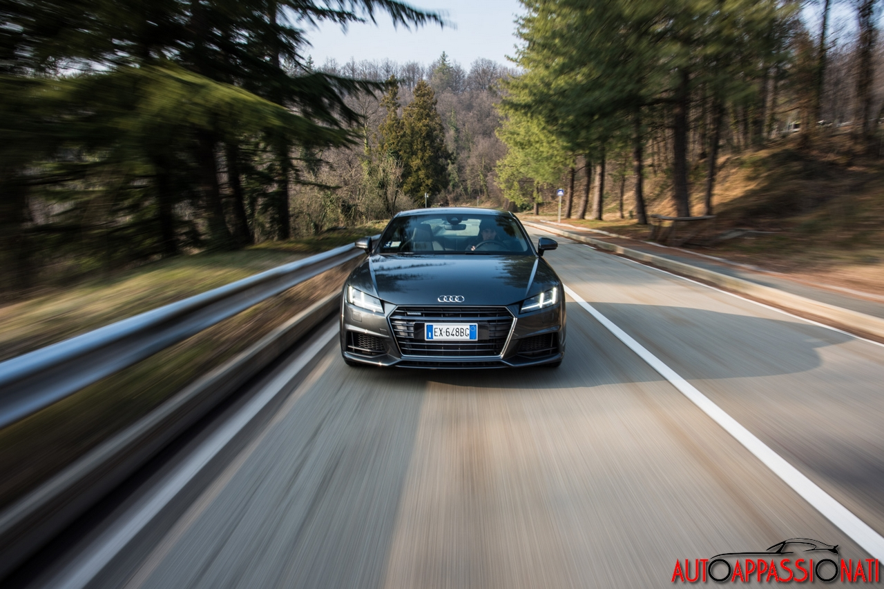 new Audi TT 2015 in action