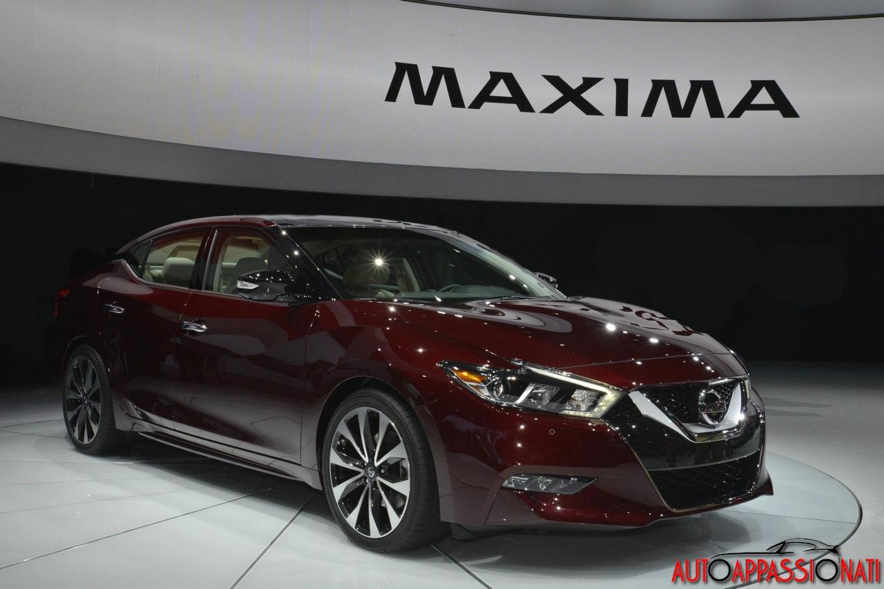 Nissan Maxima New York Auto Show 2015