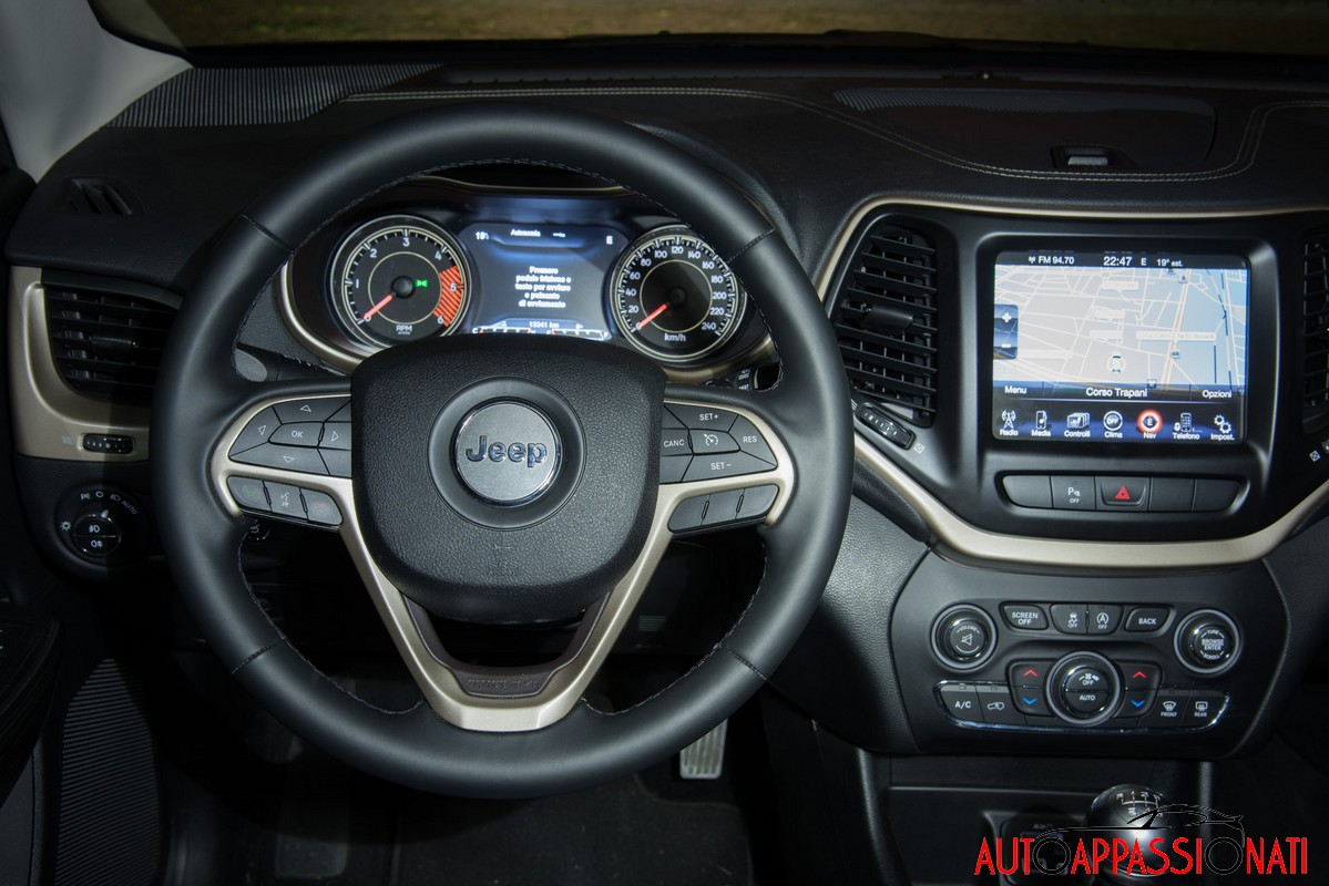 New Jeep cherokee interni