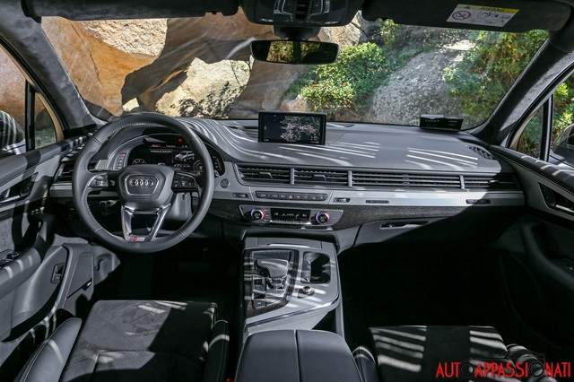 Nuova Audi Q7 - Interni