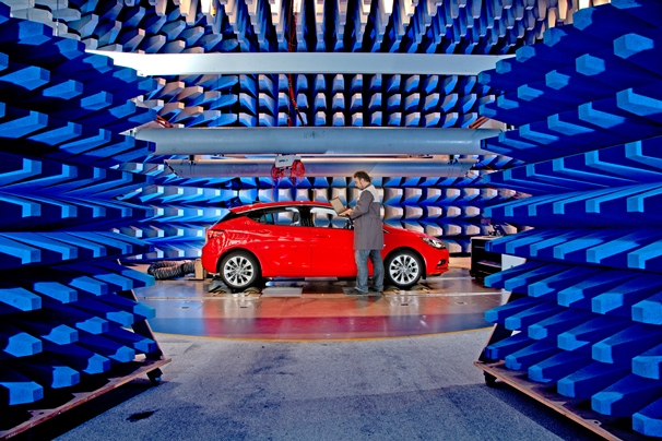 Opel EMV Labor 295093