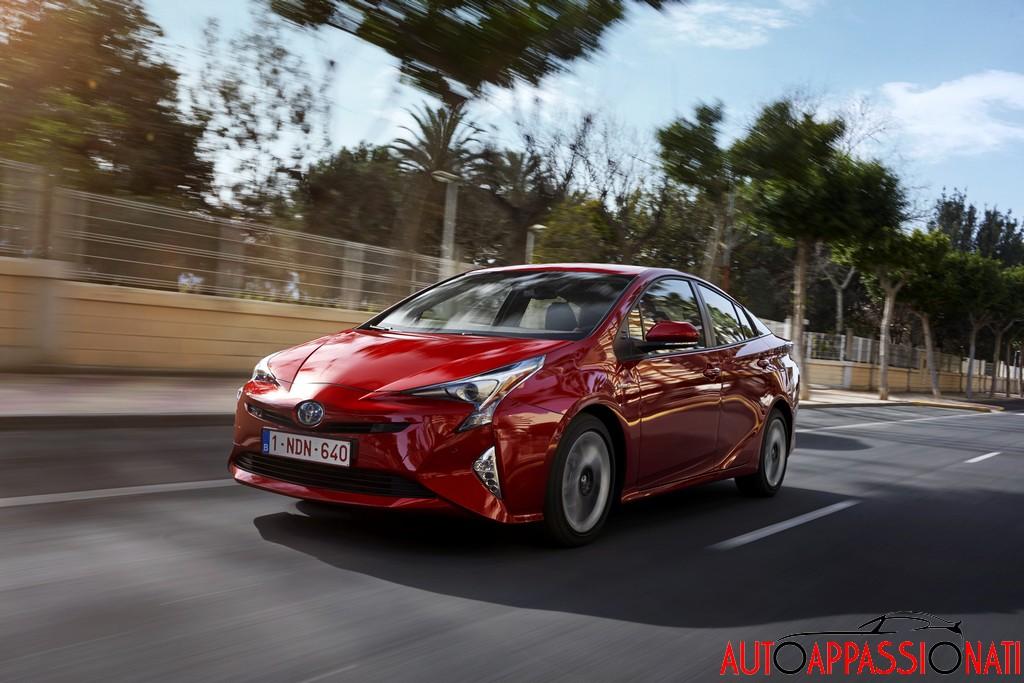 Nuova Toyota Prius 2016