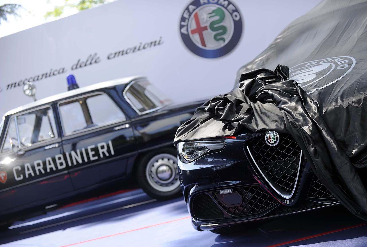 Alfa Romeo Consegna Giulia Carabinieri 01
