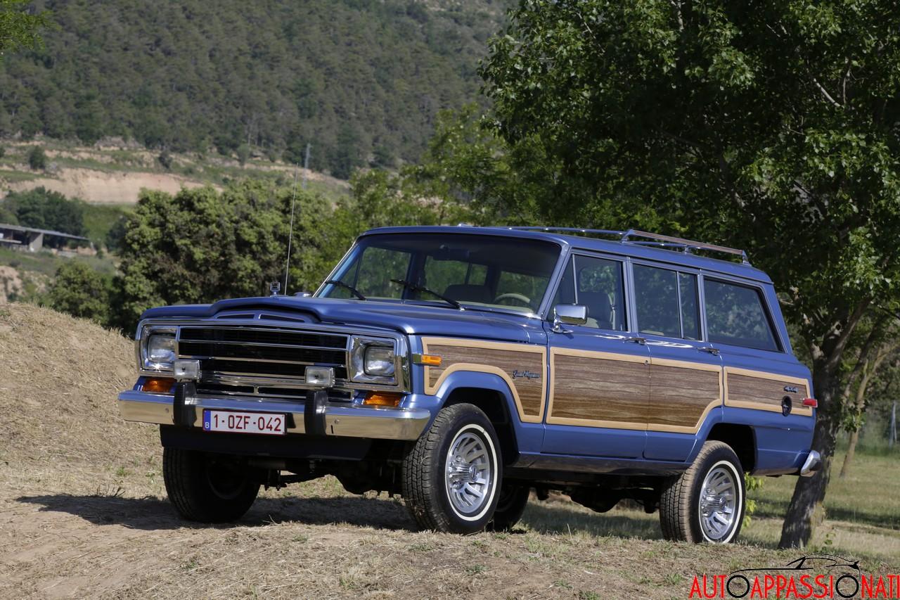 Kaiser Jeep Wagoneer 1969
