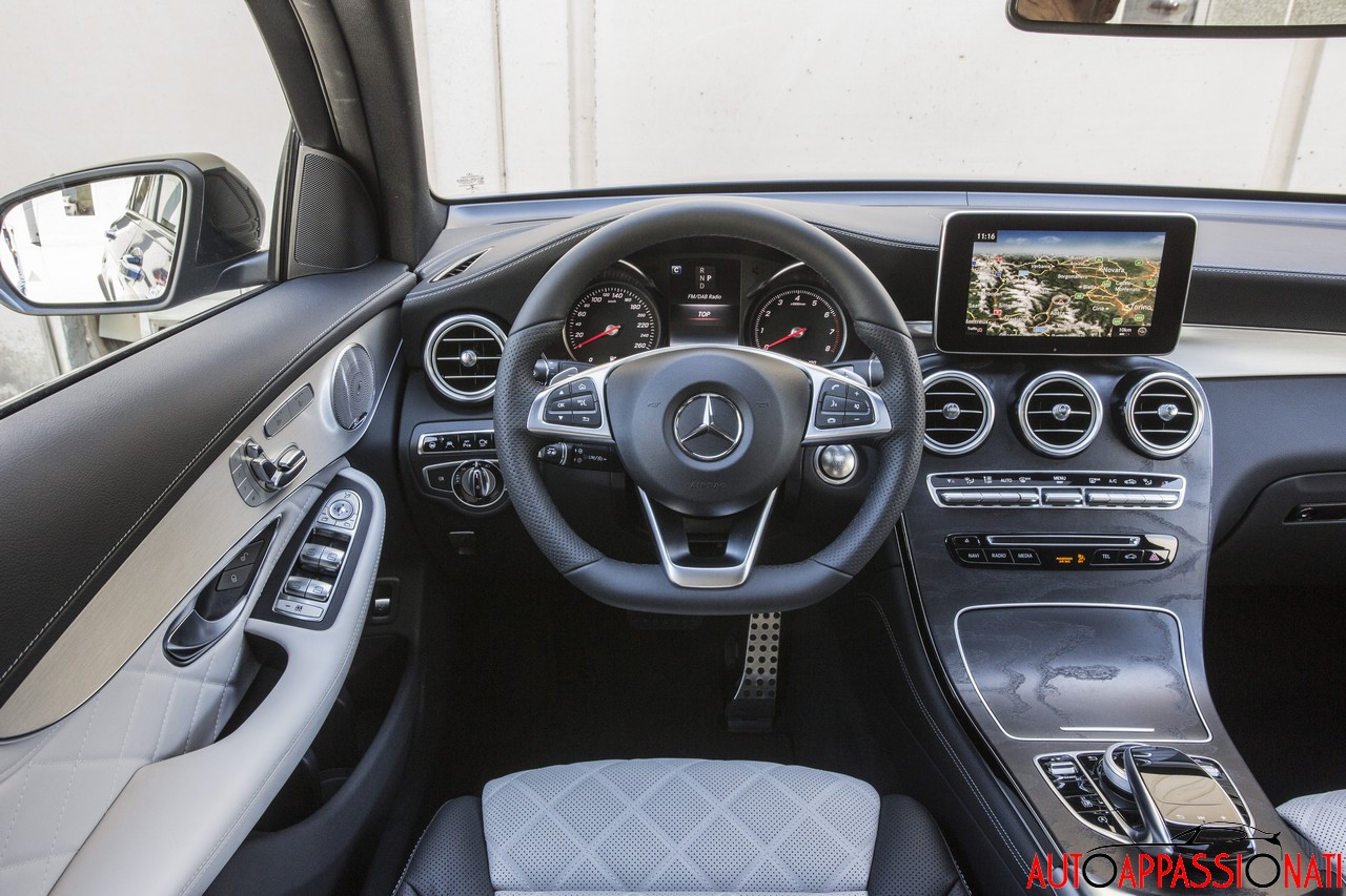 Mercedes-Benz GLC Coupé - Interni