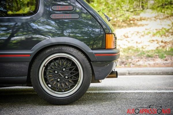 Peugeot205GTI int5