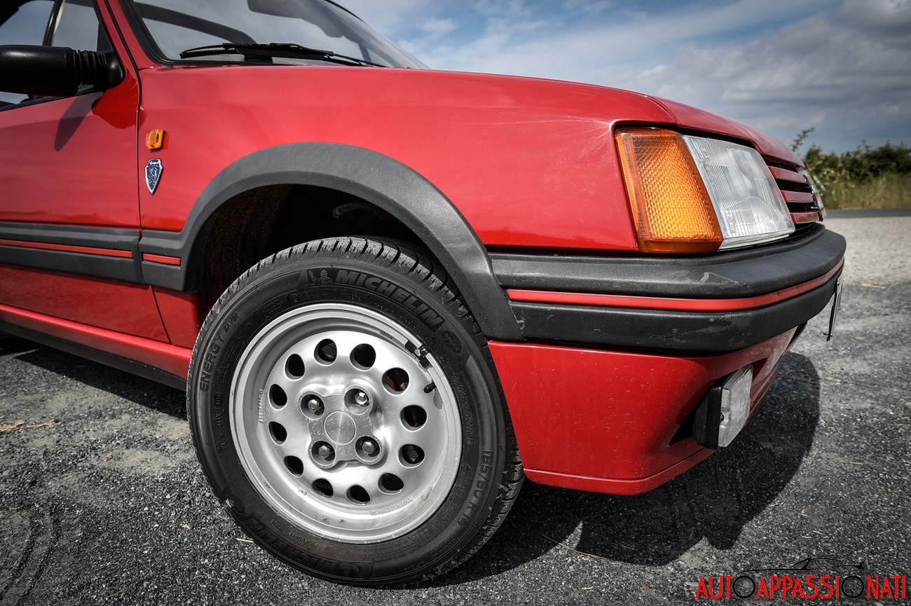 Peugeot 205 CTI 008