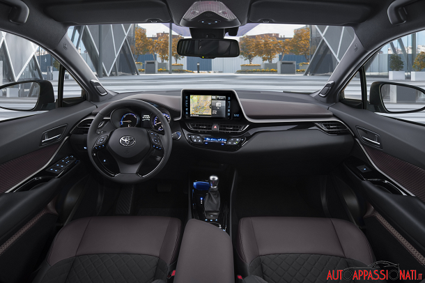 Toyota C-HR | Interni