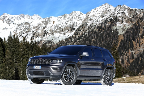 Jeep Grand Cherokee Trailhawk 03