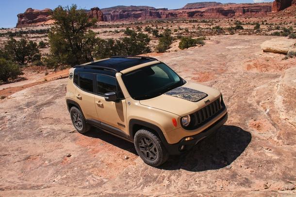 Jeep Renegade Desert Hawk 1