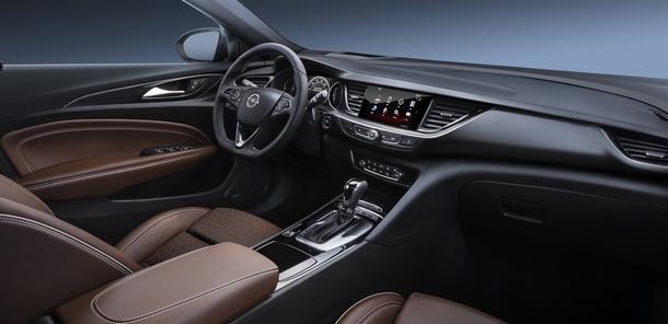 Opel nuovaInsignia 01