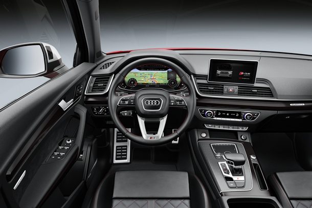 Audi SQ5 Interni