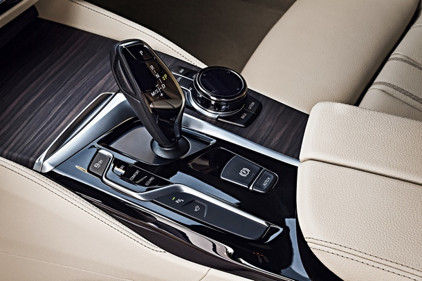 BMW Serie5 Touring Comandi