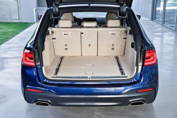 BMW Serie5 Touring bagagliaio