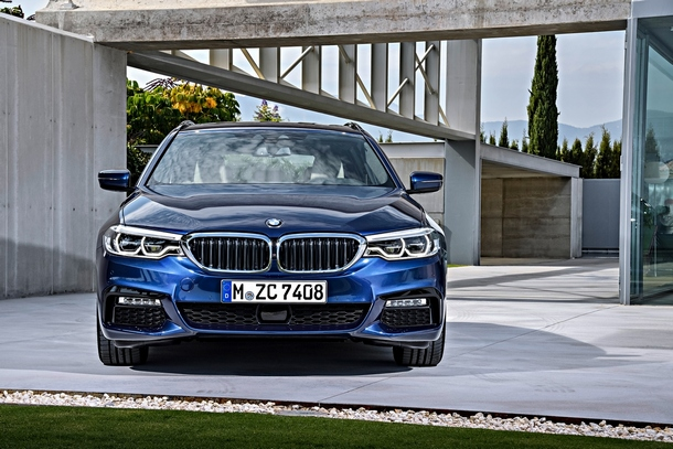 BMW Serie5 Touring frontale