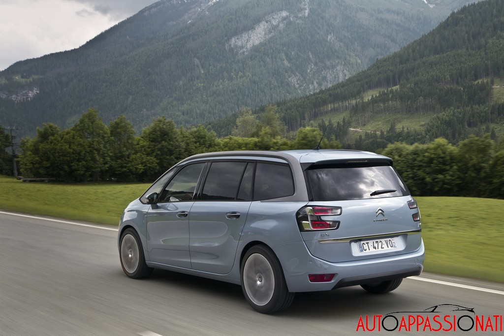 test nuova citroen grand c4 picasso. Black Bedroom Furniture Sets. Home Design Ideas