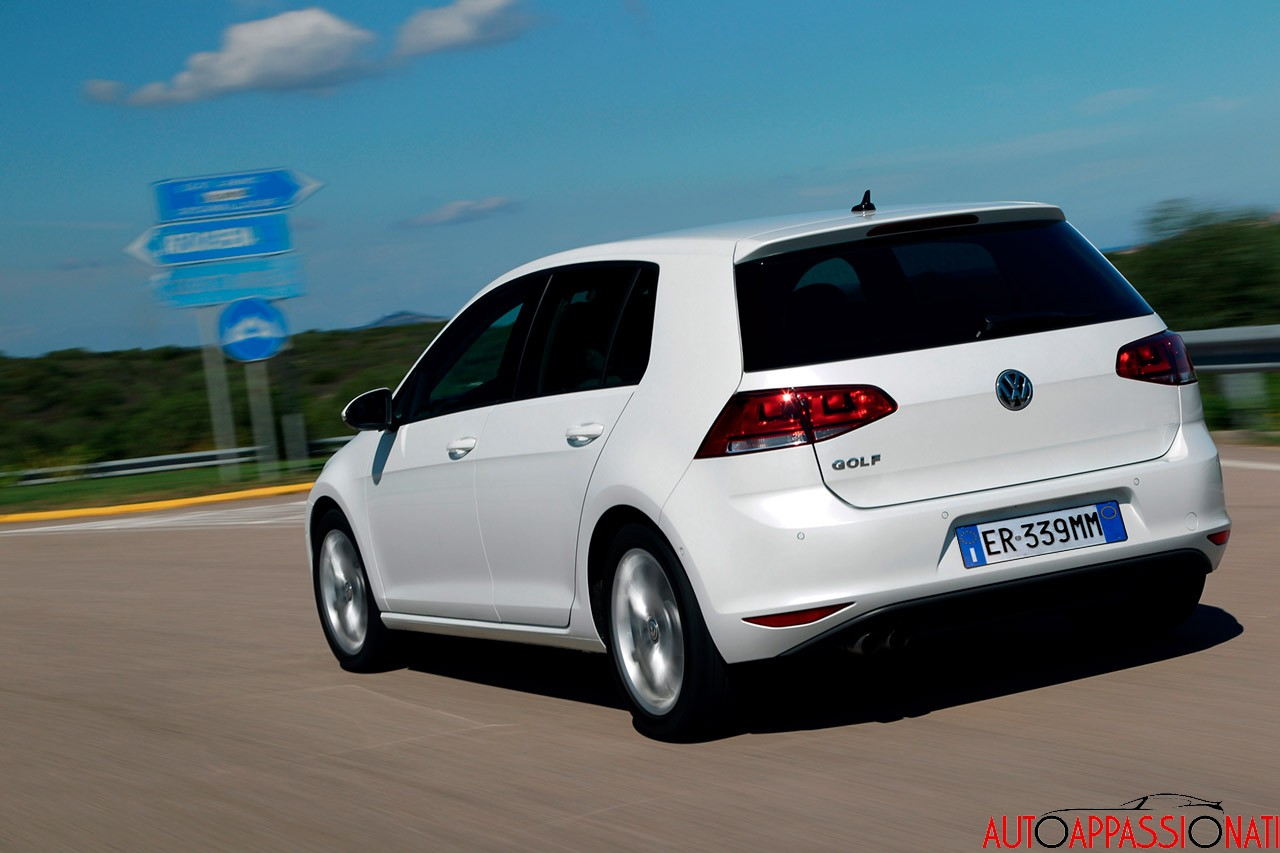 test volkswagen golf vii. Black Bedroom Furniture Sets. Home Design Ideas