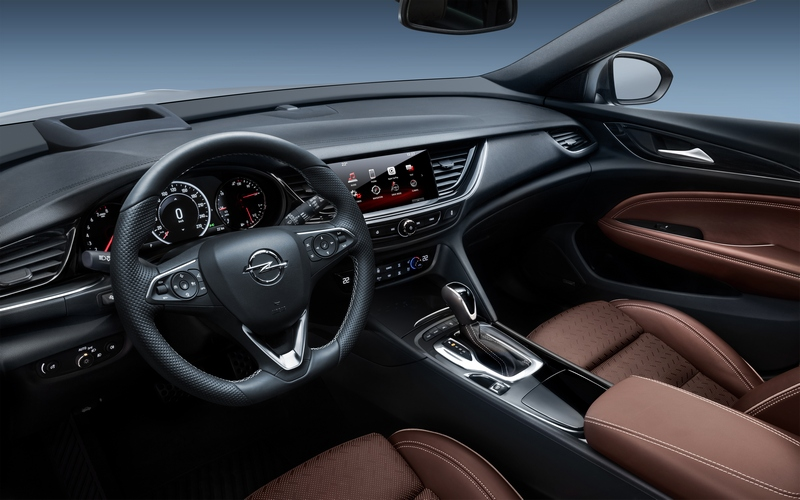 Gli interni della Opel Insignia Country Tourer