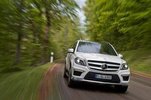 2013-Mercedes-Benz-GL-63-AMG-MEDIUM