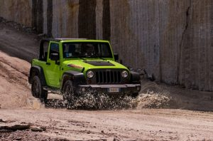 Jeep wrangler mountain image