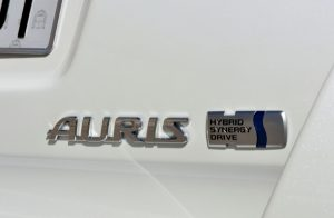 NEW AURIS HYBRID TOURING SPORTS