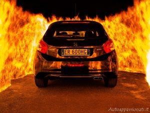Peugeot 208 GTi fire burn