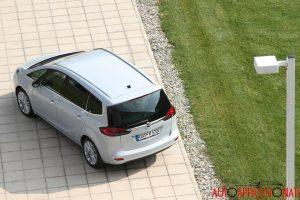 Opel Zafira Tourer 05