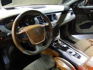 Interni Peugeot 508 RXH Castagna