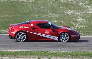 Alfa Romeo Guida Sicura 23
