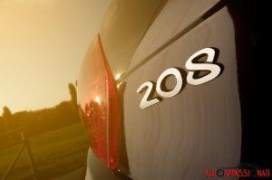 Peugeot_208_xy_006