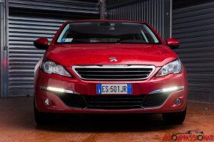 Nuova Peugeot 308 rossa