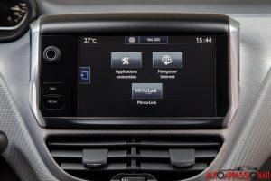 Peugeot 208 2015 11