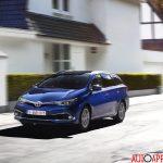 new_Toyota_Auris_013
