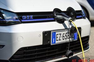 VW Golf GTE 0014