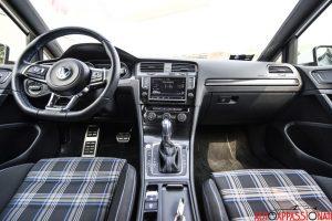 VW Golf GTE 0030