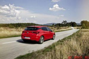 Nuova Opel Astra 2015 06