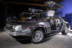 delorean restoration team 1 futuro