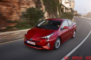 Nuova_Toyota_Prius_2016_017