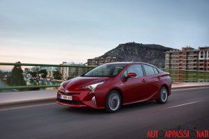 Nuova_Toyota_Prius_2016_023