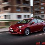 Nuova_Toyota_Prius_2016_024