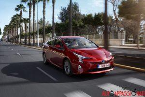 Nuova_Toyota_Prius_2016_027