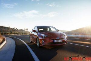 Nuova_Toyota_Prius_2016_034