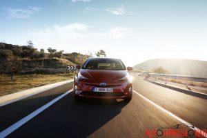 Nuova_Toyota_Prius_2016_035