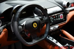 Ferrari GTC4Lusso Interni